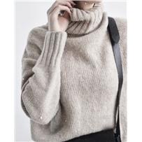 Свитер «Roll – neck sweater» описание + пряжа на размер XS - S - M