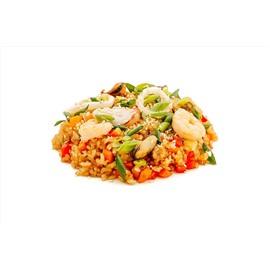 Рис с овощами мидиями и королевскими креветками